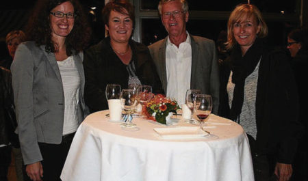 Myriam Geissler Jossi (Präsidentin Sinfonisches Orchester Wil), Esther Rutishauser (Spielgruppe Obere Mühle), Hans Sonderegger (Beistand) und Esther Scherrer (Spielgruppe Obere Mühle) (von links).